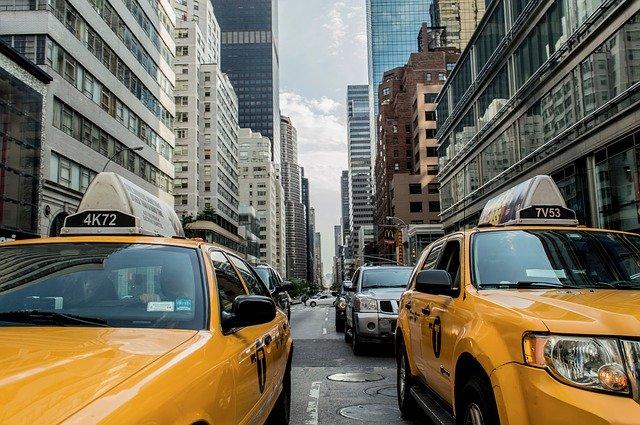 Optimiser vos séjours en profitant des services de taxi